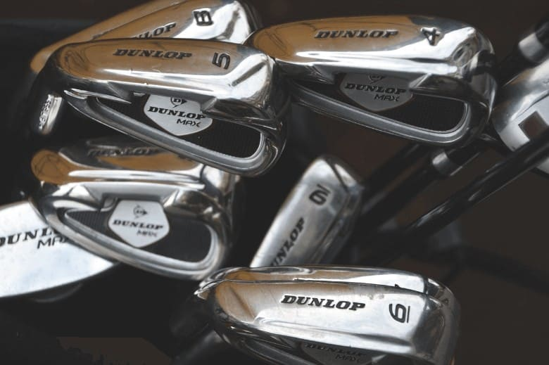 a picture that show golf iron's types